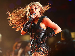 Beyoncé at Halftime: Divalicious & Hooftastic, Says PEOPLE's Music Critic | Beyonce Knowles