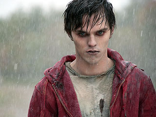 PEOPLE's Critic Calls Warm Bodies the Best Zombie Movie in Years