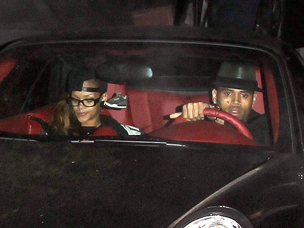 Rihanna & Chris Brown Go from the Courthouse to the Studio Together| Couples, Crime & Courts, Scandals & Feuds, Chris Brown, Rihanna