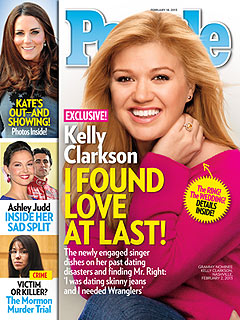Kelly Clarkson Already Has a Wedding Dress