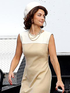 PHOTO: See Minka Kelly as Jackie Kennedy