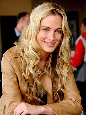 Reeva Steenkamp Funeral Held Tuesday
