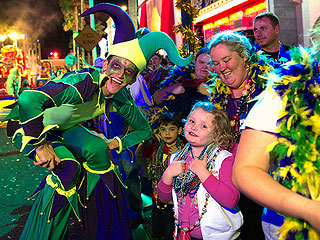 PHOTO: Honey Boo Boo & Mama June Celebrate Mardi Gras