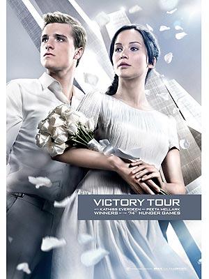 The Hunger Games: Katniss & Peeta's Victory Tour Look (Photo)