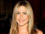 Jennifer Aniston Is Planning a 'Small Affair' for Wedding to Justin Theroux