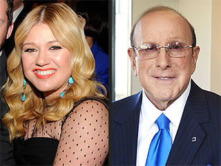 Kelly Clarkson: 'I Refuse to Be Bullied' by Clive Davis