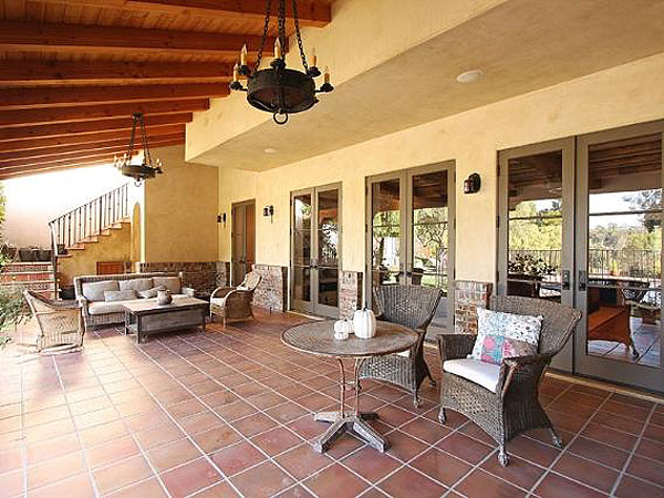 LeAnn Rimes & Eddie Cibrian Buy $3 Million L.A. Mansion| Celeb Real Estate, Eddie Cibrian, LeAnn Rimes