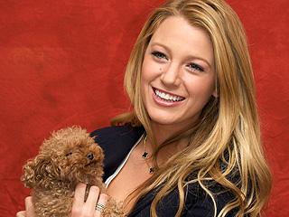 Blake Lively Makes Friends on Vet Visit | Blake Lively