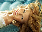 Connie Britton: &#39;Being a Single Mom Is Challenging&#39; | Connie Britton