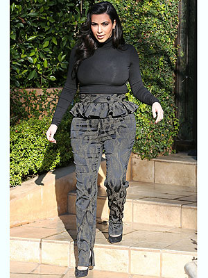 kim kardashian 300x400 Style Rx: It's Okay to Wear Maternity Clothes, Kim!