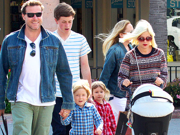 Tori Spelling's Hubby Cooks Up a Kids' Meal for a Party of Adults | Tori Spelling