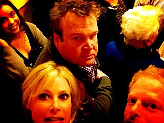 See Modern Family Stars Stuck In an Elevator | Eric Stonestreet, Jesse Tyler Ferguson, Julie Bowen