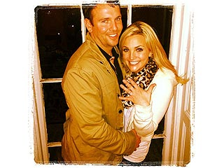 Jamie Lynn Spears Is Engaged – See Her Ring!