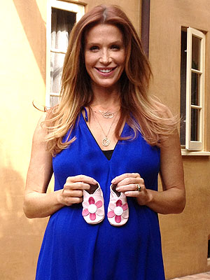 Poppy Montgomery Expecting Daughter