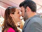 Ben Affleck Is Eating Ice Cream on the Couch After Oscar Win | Ben Affleck, Jennifer Garner