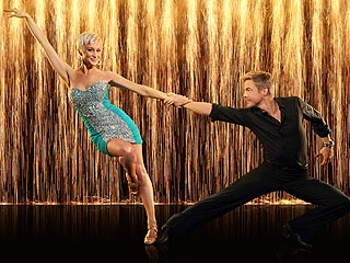 DWTS: Did Kellie and Derek Perform the Best Dance of the Season? | Kellie Pickler
