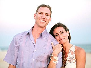 PHOTOS: Survivor Champ Kim Spradlin Weds (Barefoot!) in Mexico