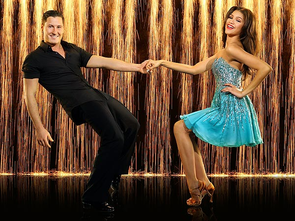 zendaya 600 Zendaya Performs an Uncharacteristic Mess on Dancing with the Stars