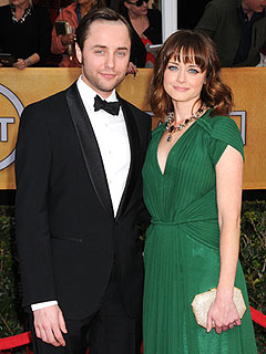 Alexis Bledel Engaged to Vincent Kartheiser | Alexis Bledel, Vincent Kartheiser