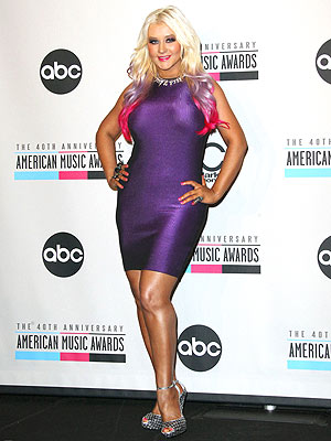 Christina Aguilera Shows Off Slimmed-Down Physique| The Voice, Bodywatch, Christina Aguilera, Shakira