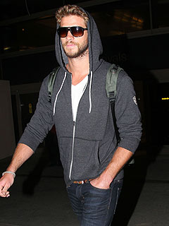 Did Liam Go Straight to Miley's When He Landed in L.A? | Liam Hemsworth