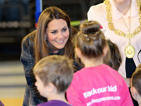 Kate and William Prove Good Sports with Scottish Kids