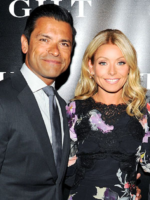 Kelly Ripa Talks Marriage to Mark Consuelos with People.com : People