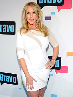 RHOC: Vicki Gunvalson Is Frosty to New Housewife Lizzie Rovsek