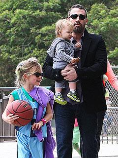 Jennifer Garner Sends Ben Affleck Back to the Gym   Ben Affleck