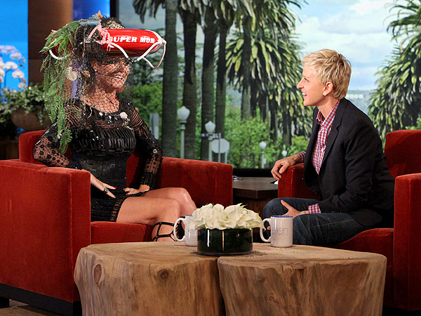 Heidi Klum Turning 40; Ellen DeGeneres Gives Lifesaving Hat as Gift