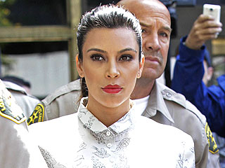 Kim Shows, Kris Doesn&#39;t for Mandatory Divorce Hearing