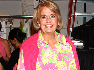 Society Fashion Designer Lilly Pulitzer Dies | Lilly Pulitzer