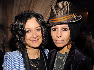 Sara Gilbert Marries Linda Perry | Sara Gilbert