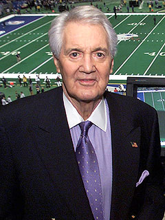 Legendary NFL Announcer Pat Summerall Dies at 82