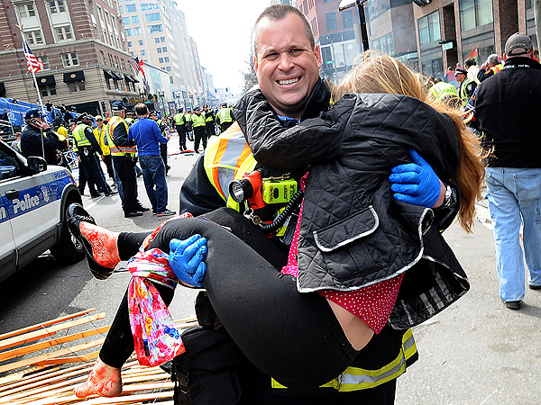Former Army Officer Bruce Mendelsohn Helped Victims In the Aftermath of the Boston Bombings| Heroes Among Us, Good Deeds, Boston Marathon Bombing, Real Heroes