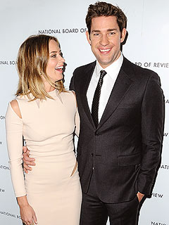 Emily Blunt and John Krasinski Share a Bed with an Enormous ... | Emily Blunt