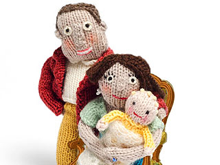 While the Duke & Duchess Prepare for the Royal Baby, You Can Knit Your Own!