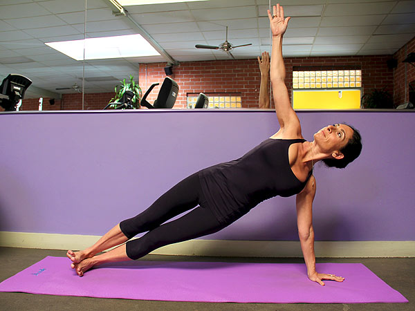Jennifer Aniston's Arms Workout  Celebrity Blog, Weddings, Health, BodyWatch, Mandy Ingber, Jennifer Aniston, Justin Theroux