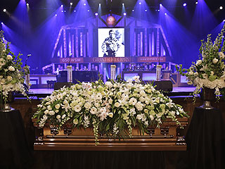 Country Music Royalty Remember George Jones at Funeral