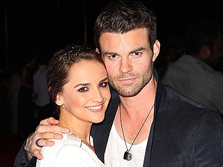Find Out What Rachael Leigh Cook & Daniel Gillies Named Their Baby