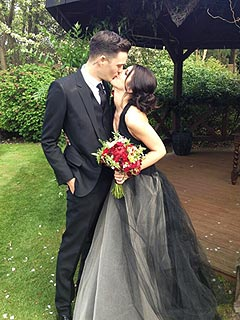 Shenae Grimes Gets Married – in a Black Wedding Dress!