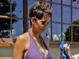 PHOTO: How Pregnant Halle Berry Spent Mother's Day