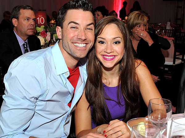 Ace Young and Diana DeGarmo Plan Their Wedding Seating Chart with Post-Its