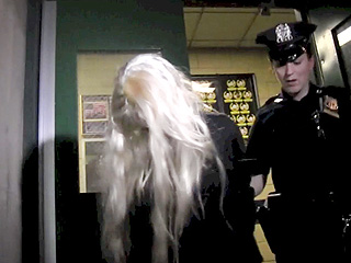 PHOTO: Amanda Bynes Is Arrested in New York | Amanda Bynes