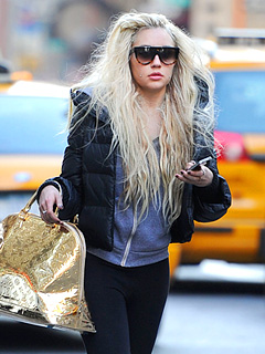 Amanda Bynes's Neighbor Details Erratic Behavior Inside Her Apartment Building | Amanda Bynes