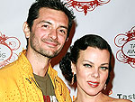 Cool Down with Debi Mazar & Gabriele Corcos's Berry Pops!