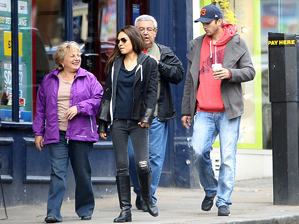 Meet the Parents! Ashton & Mila Hang with Her Folks in London | Ashton Kutcher, Mila Kunis