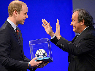 Prince William Has a Gift for the Baby: A Mini-Football | Prince William