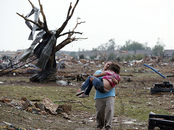 Children Pulled from Rubble After Massive Oklahoma Tornado| Natural Disasters, Oklahoma Tornadoes, Real People Stories