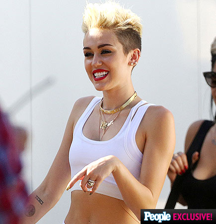 Miley Cyrus flashes her Miley Cyrus